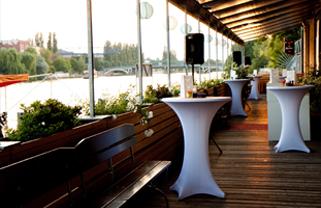 WHITE Spreelounge GmbH 3