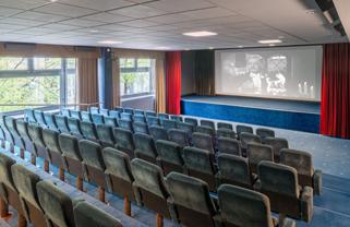 Hollywood Media Hotel GmbH 5